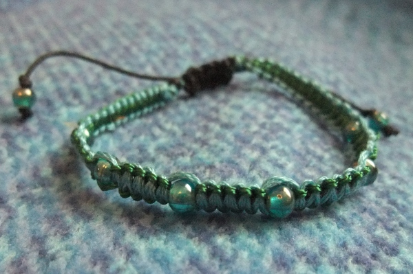 Square knotted handmade bracelet
