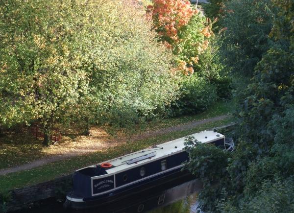 Huddersfield narrow canal